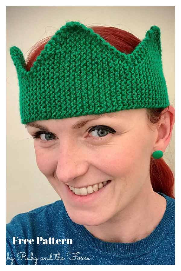 Christmas Cracker Hat or Crown Free Knitting Pattern