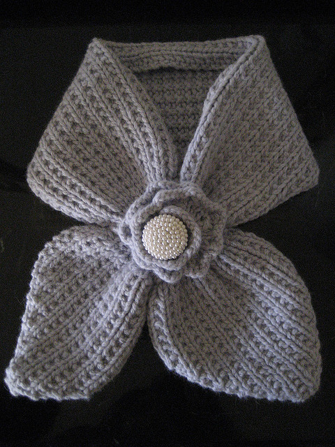 Anthro-Inspired Scarflet Free Knitting Pattern
