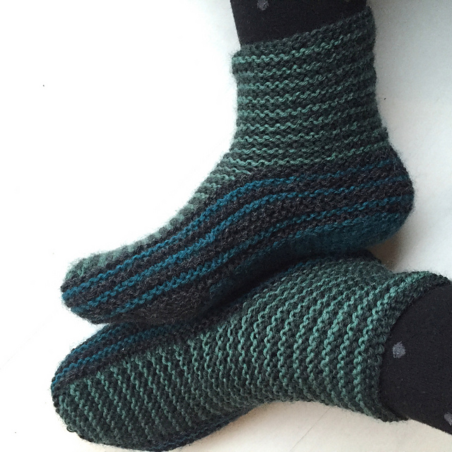 Grown-up Garter Booties Free Knitting Pattern