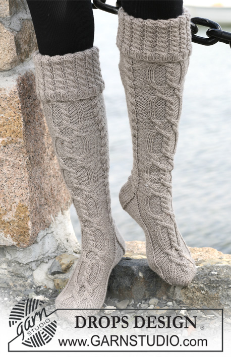 Cable Boot Socks with Folded Edge Free Knitting Pattern