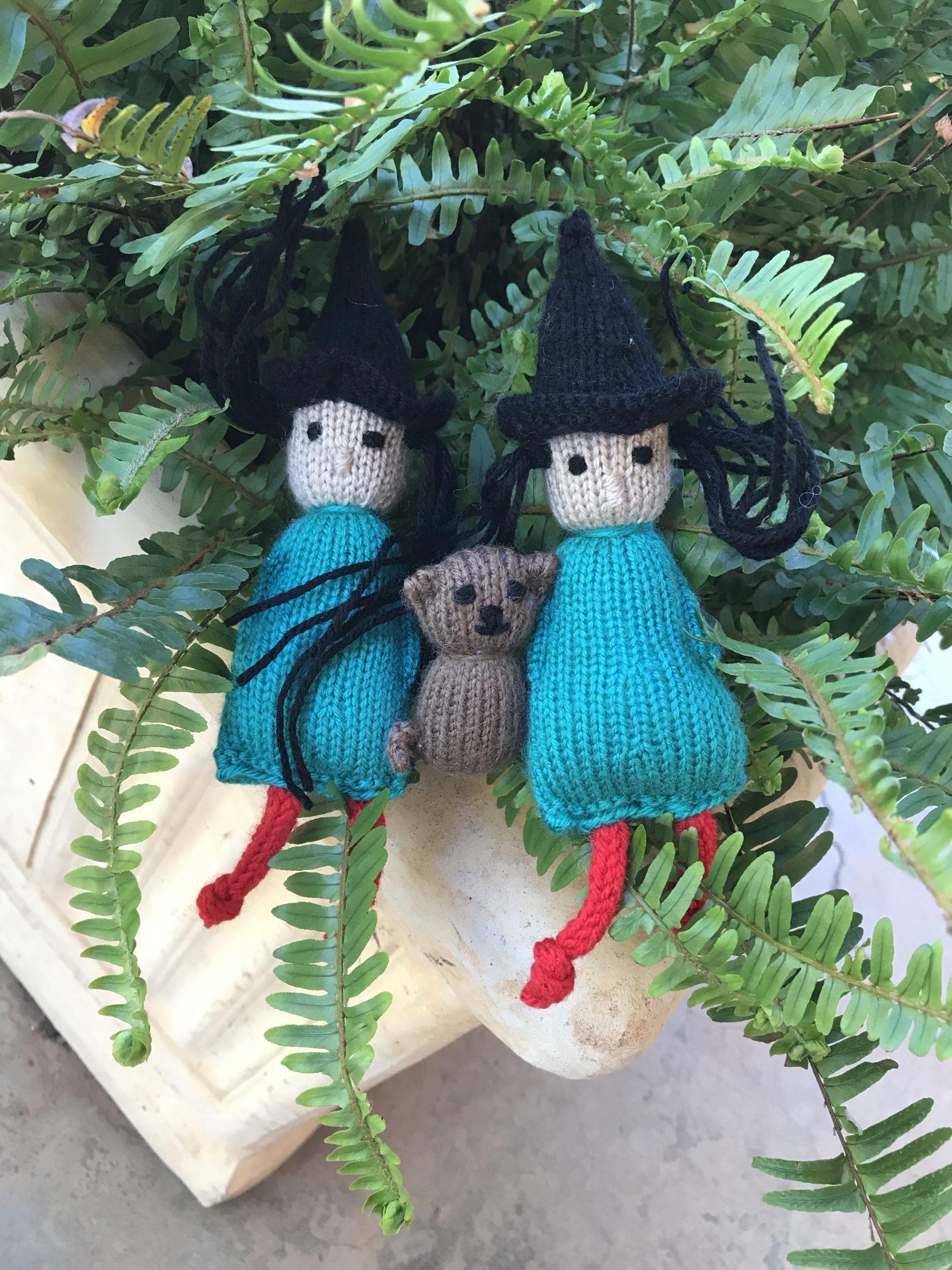 Halloween Little Witch Free Knitting Pattern