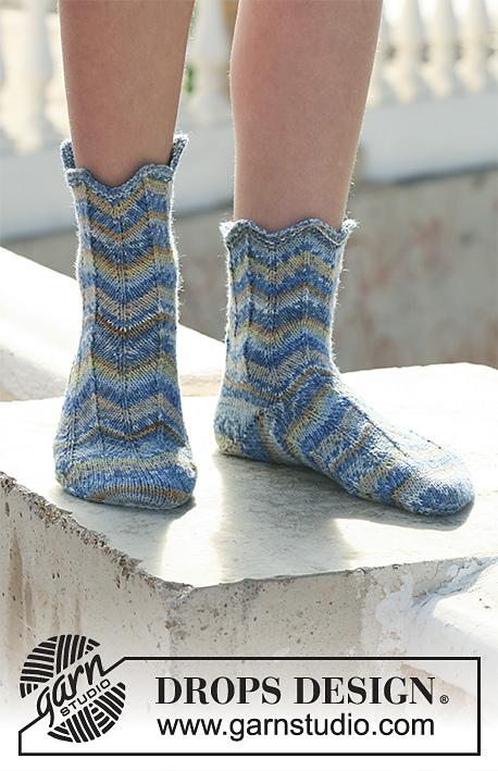 Poseidon Zig Zag Socks Free Knitting Pattern