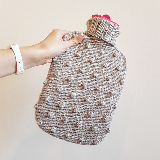 Bobble Hot Water Bottle Cover Free Knitting Pattern