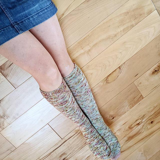 Top Down Knee High Socks Free Knitting Pattern
