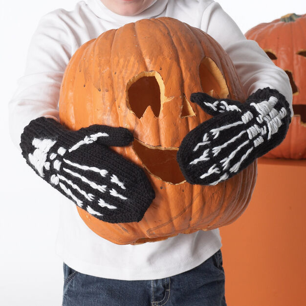 Halloween Skeleton Mittens Free Knitting Pattern