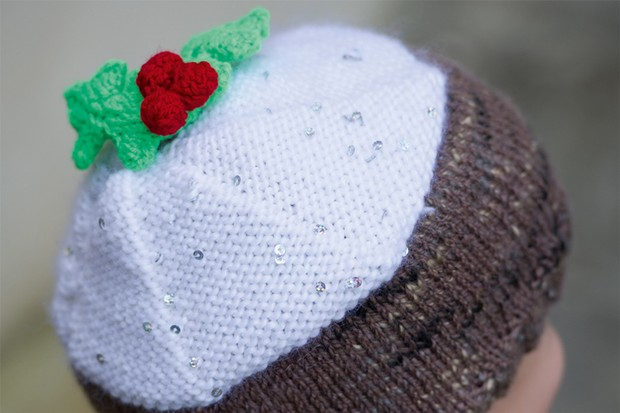 Christmas Pudding Hat Free Knitting Pattern