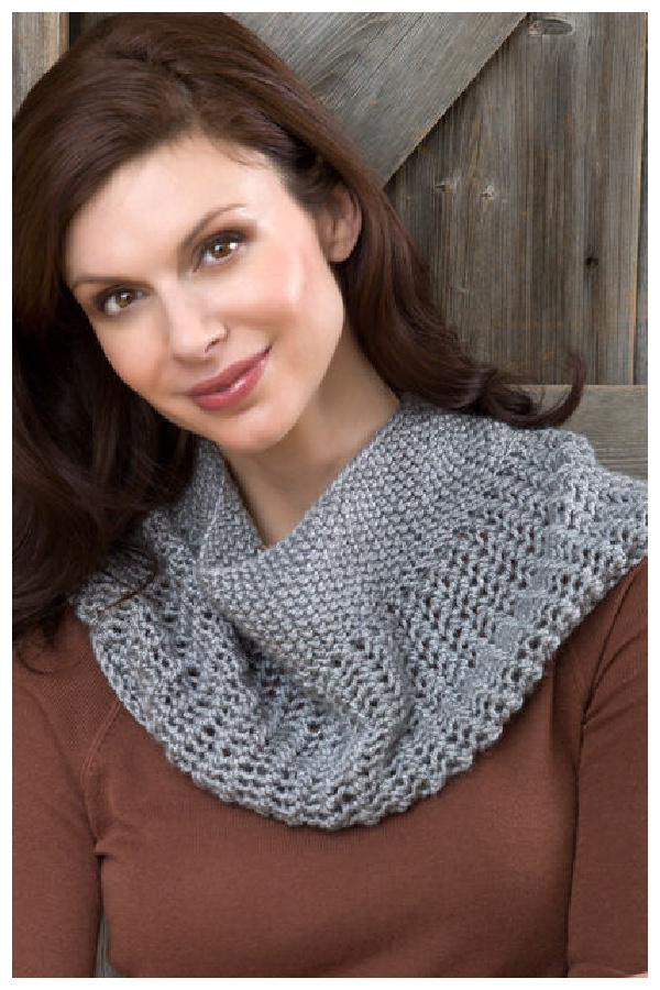 Charming Cowl Free Knitting Pattern