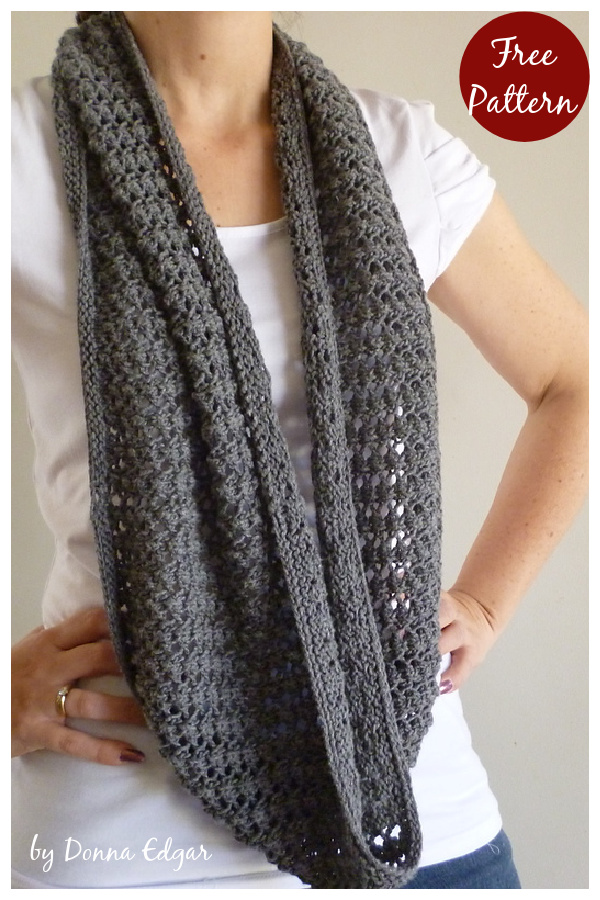 Easy Lace Cowl Free Knitting Pattern