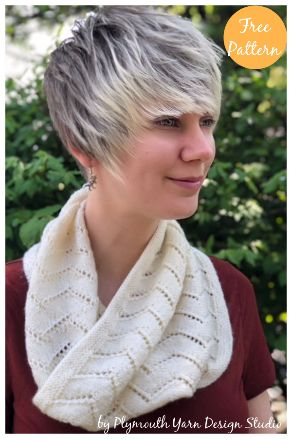 Zig Zag Lace Cowl Free Knitting Pattern