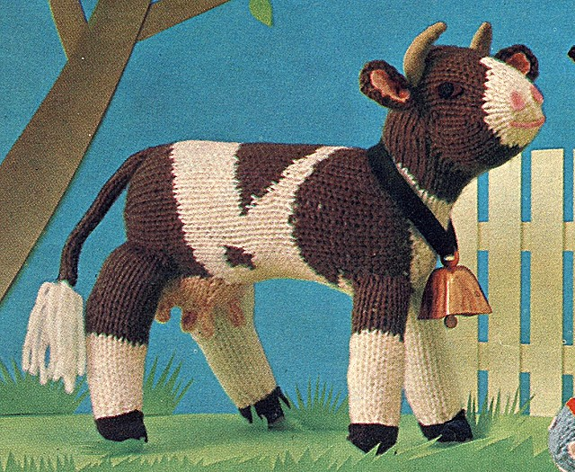 Adorable Amigurumi Cow Free Knitting Pattern