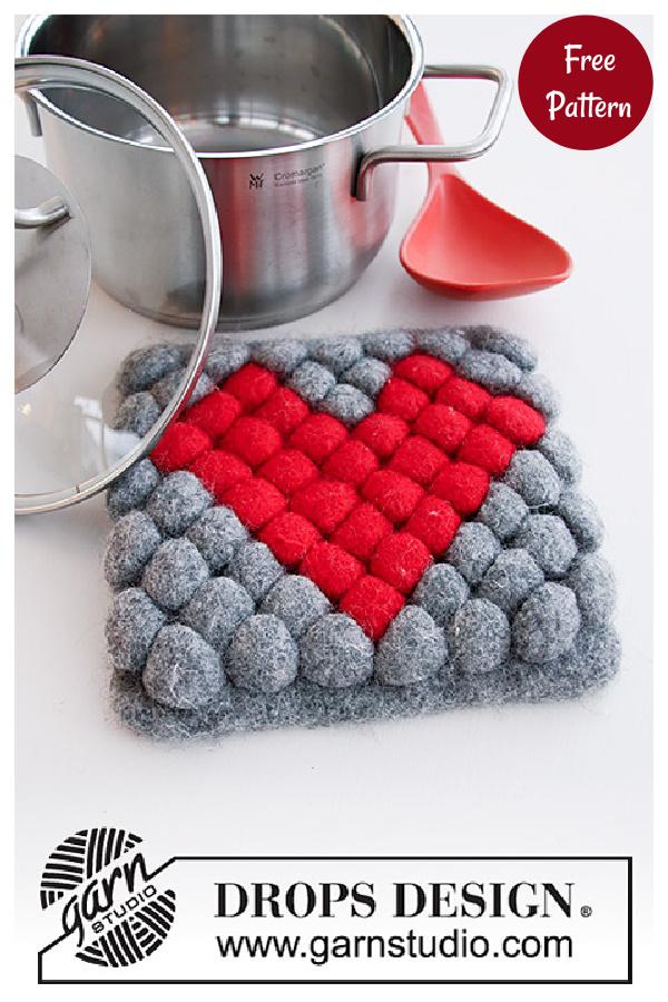 Bobbles and Heart Valentine's Day Potholder Free Knitting Pattern