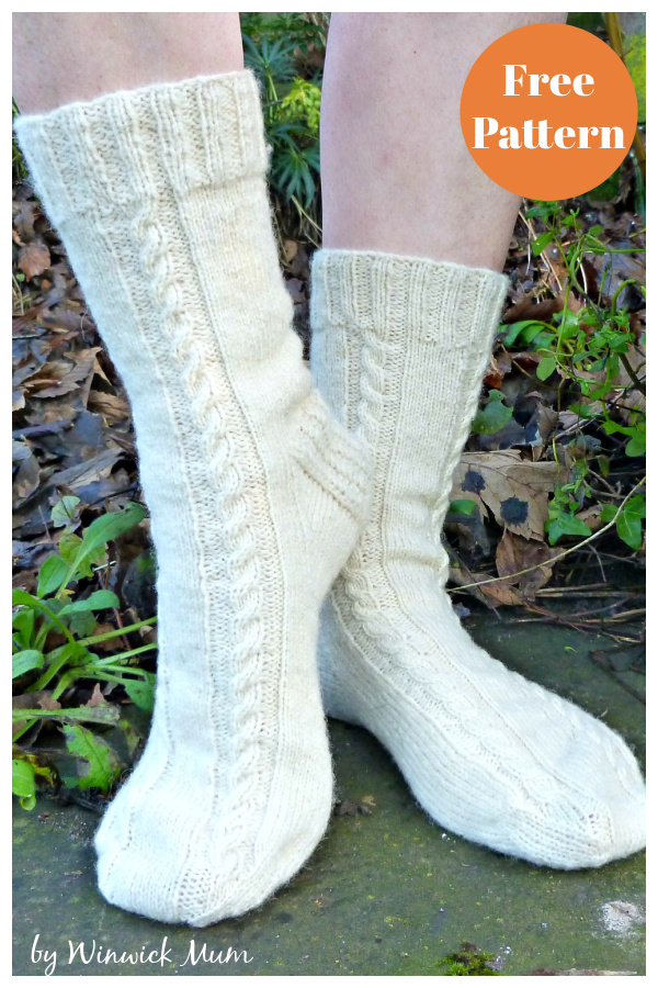 Easy Cable Socks Free Knitting Pattern